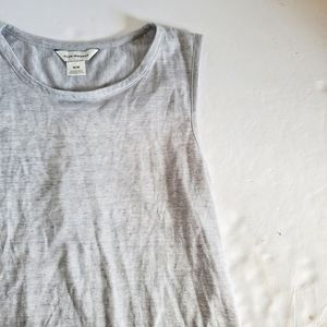 Club Monaco Tops - CLUB MONACO Heather Gray Crepe Back Minley Tank M